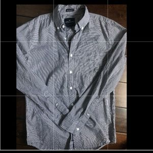 NWOT American Eagle Button down shirt